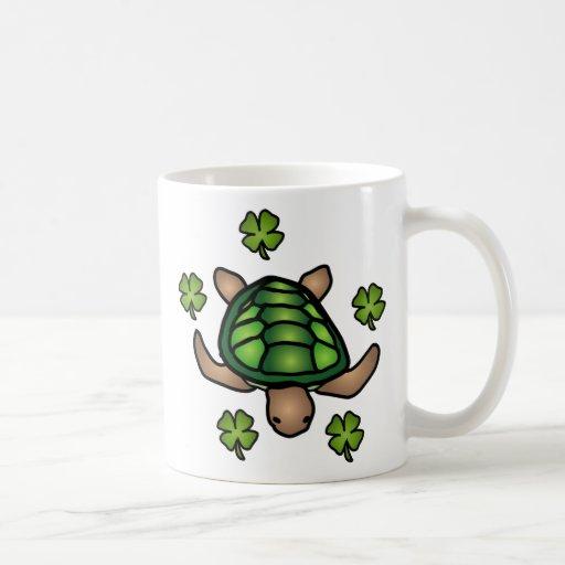 Taza de la tortuga y del trébol