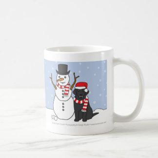 Taza de Labrador y del muñeco de nieve