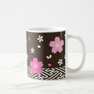 Taza de las flores de cerezo
