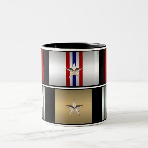 Taza de las medallas del iraquí y de la campaña de