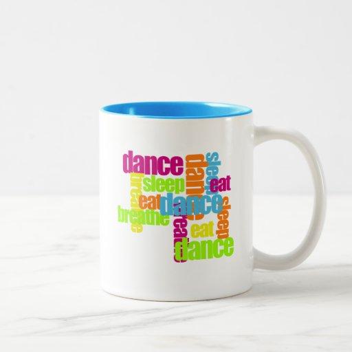 Taza de las necesidades de la danza