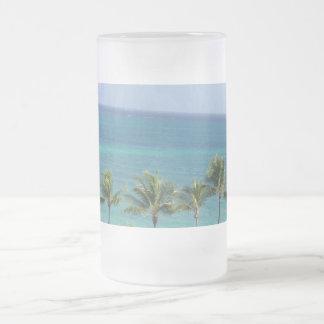 Taza de las palmeras y del océano