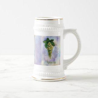 Taza de las uvas de vino de Riesling