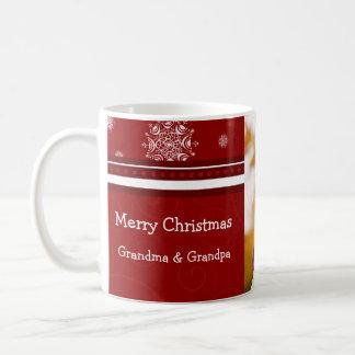 Taza de los abuelos de las Felices Navidad de la f