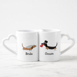 Taza de los amantes del novio de la novia del tazas para enamorados