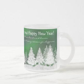 Taza de los árboles de navidad Nevado