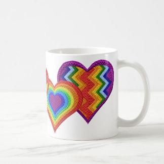 Taza de los corazones del arco iris