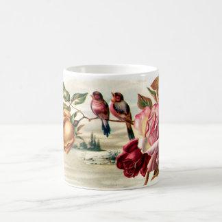 Taza de los rosas del pájaro del vintage