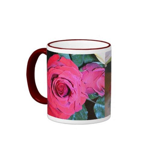 Taza de los rosas rojos