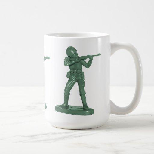 Taza de los soldados de juguete