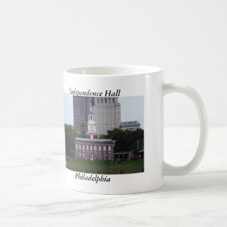 Taza de Pasillo Philadelphia de la independencia