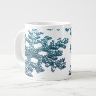 Taza de plata azul del copo de nieve del navidad d
