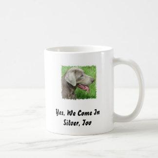 Taza de plata del labrador retriever
