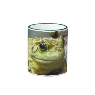 Taza de rana mugidora