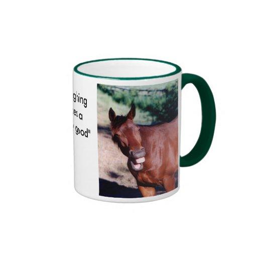 Taza de risa del caballo de Standardbred