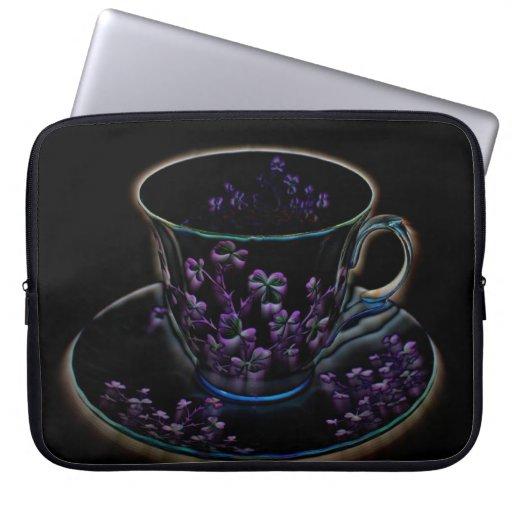 Taza de té de Sleeve~Shamrock del ordenador portát Fundas Computadoras