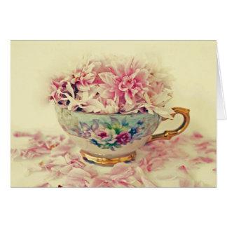 Taza de té del día de madres de flores tarjeta de felicitación