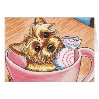 Taza de té Yorkie por arte del Apagado-Correo Tarjeton