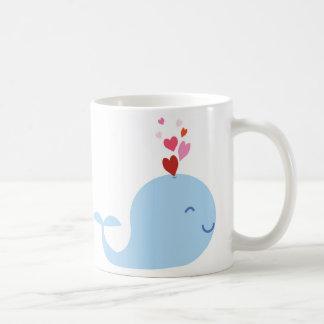 Taza del amor de la ballena