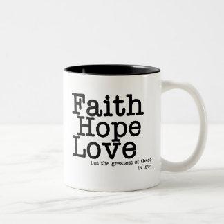 Taza del amor de la esperanza de la fe