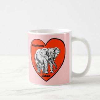 Taza del amor del elefante