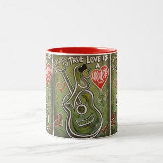 Taza del amor del Ukulele
