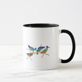Taza del arco iris del guisado del pájaro