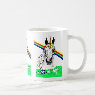 Taza del arco iris del unicornio