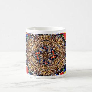 Taza del arte del fractal del medallón del oro