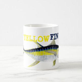 Taza del atún de trucha salmonada
