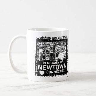 Taza del autobús de la memoria de Newtown del ganc