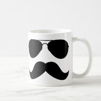 Taza del aviador del bigote