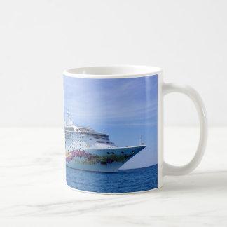 Taza del barco de cruceros