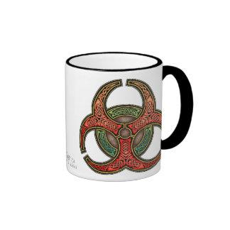 Taza del Biohazard de Knotwork del Celtic