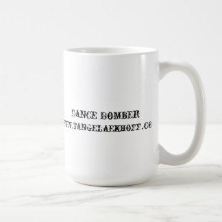 Taza del bombardero de la danza
