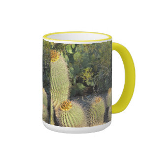 Taza del cactus de barril