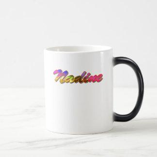Taza del café de Nadine