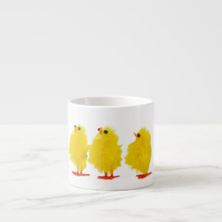 Taza del café express de los polluelos del bebé de