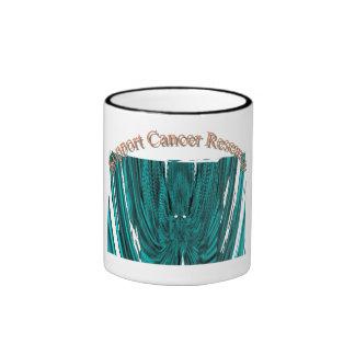 Taza del campanero de la investigación de cáncer