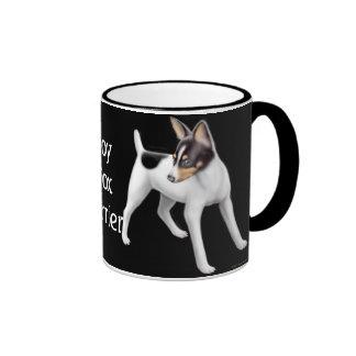 Taza del campanero del fox terrier del juguete