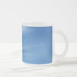 Taza del cielo azul