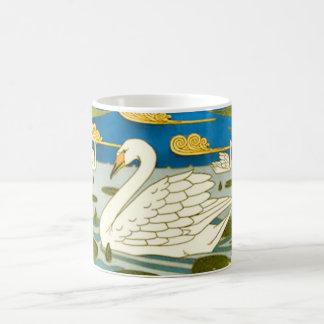 Taza del cisne de Nouveau del arte