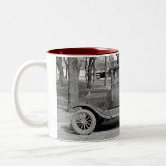 Taza del coche antiguo