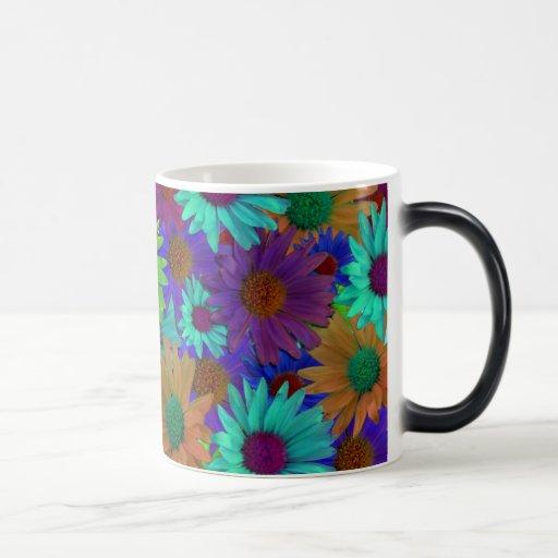 Taza del collage de la flor