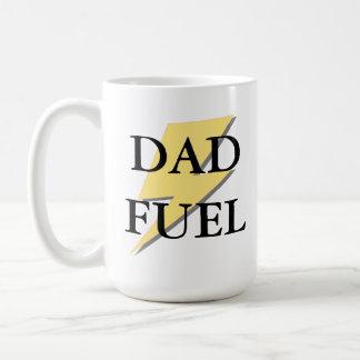 Taza del combustible del papá