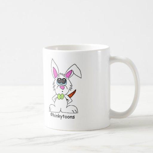 taza del conejo del dibujo animado
