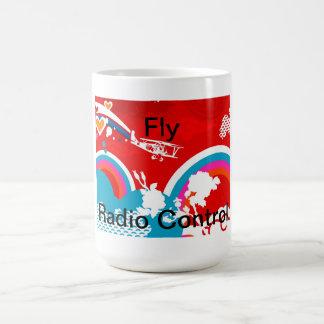 Taza del control de radio de la mosca