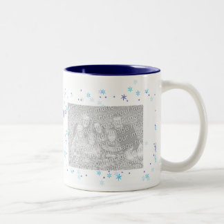 Taza del copo de nieve del invierno (personalizabl