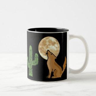 Taza del coyote del grito del CU