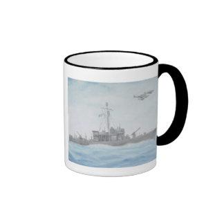 Taza del crucero de WWII pinta en negro